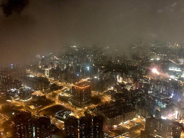 リッツカールトン香港のクラブラウンジの夜景