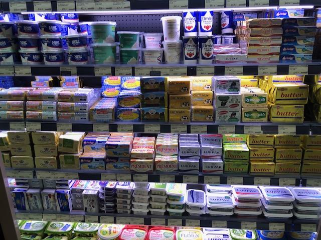 パシフィックプレイスのスーパー