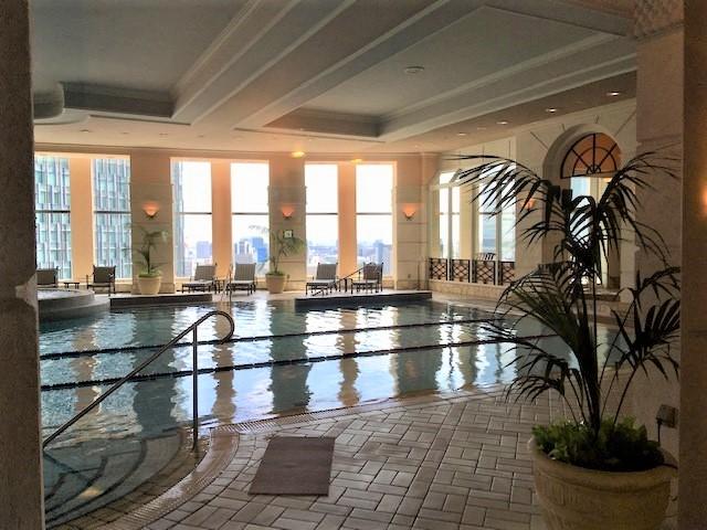 名古屋マリオットホテルのプール