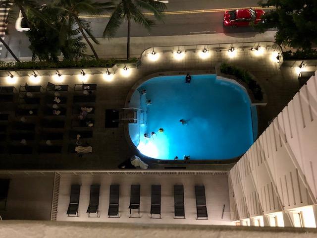 ヒルトンガーデンインワイキキビーチのプール