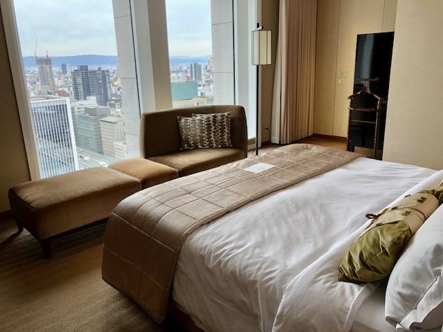 セントレジス大阪のベッドルーム