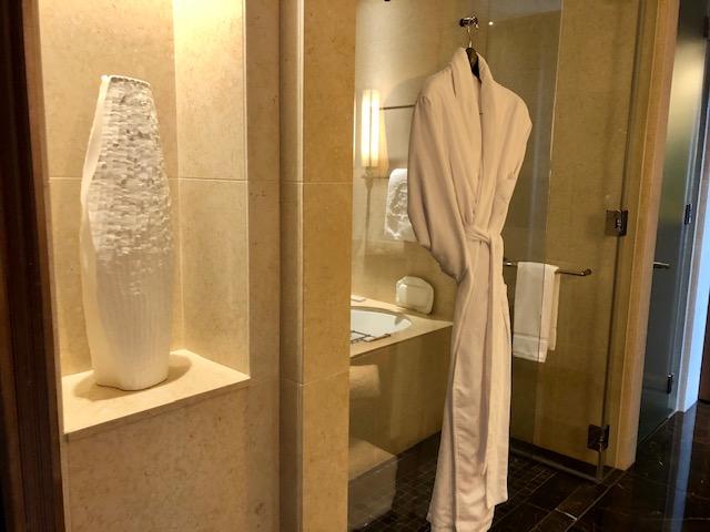 セントレジス大阪のバスルーム