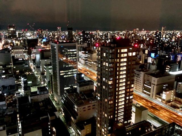 セントレジス大阪の夜景
