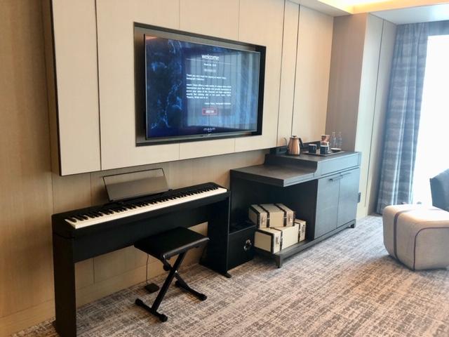 メズム東京 ピアノ