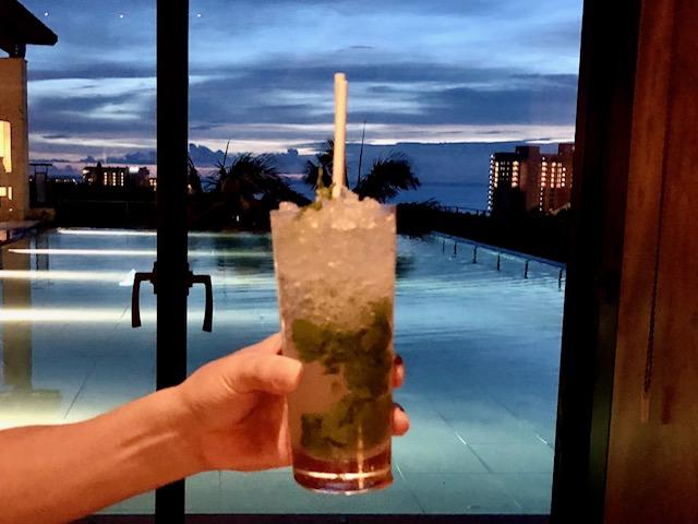 リッツカールトン沖縄ロビーラウンジのカクテル