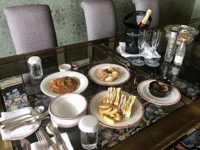ウェスティンホテル東京ルームサービス