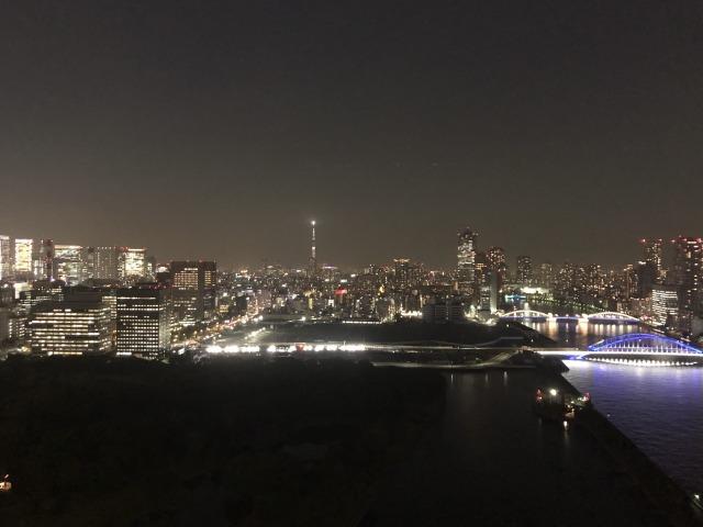 メズム東京ラウンジ